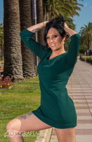 Sesión fotográfica en exteriores con Iris. Salou, Tarragona